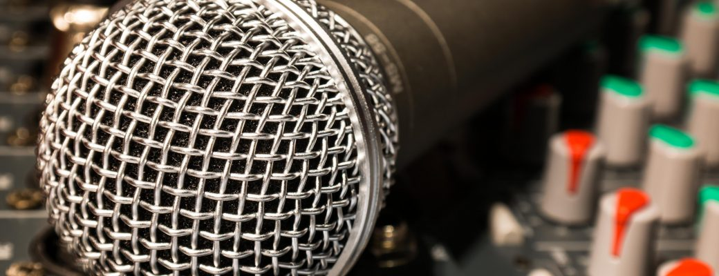 7 Best Professional Karaoke Machines In 2019