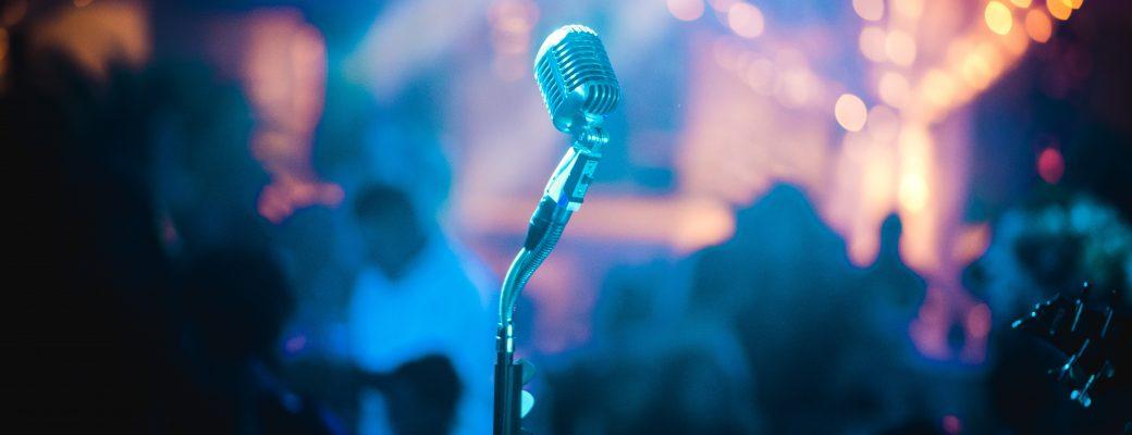 25 Best Karaoke Songs For Altos